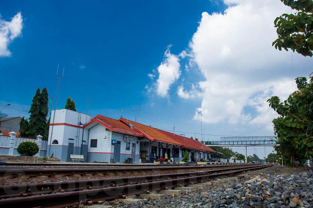 Stasiun Brebes 1